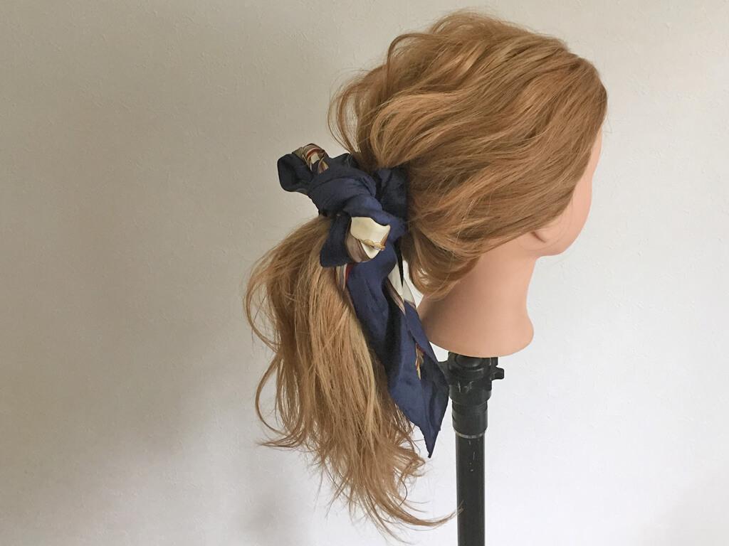 ポニーテールのちょい足しヘアアレンジ♪スカーフポニテの作り方