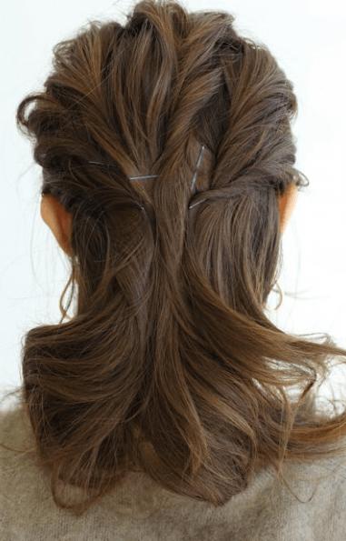 ねじりまとめ髪