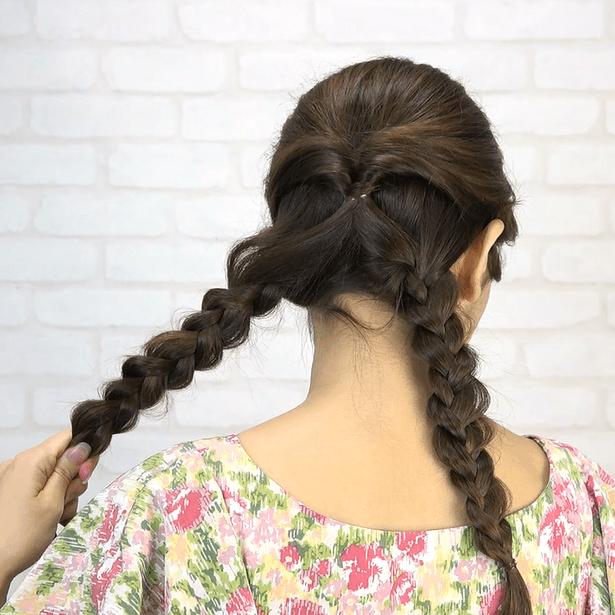くるりんぱ+三つ編み!簡単華やかまとめ髪2