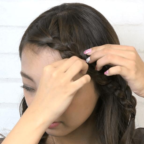 前髪が長い方におすすめ♪ななめ編み込みサイド寄せアレンジ2