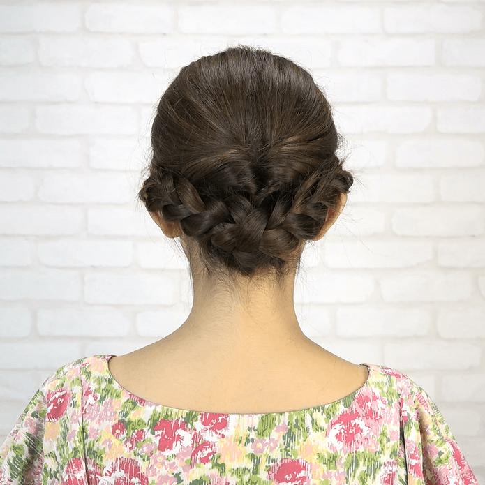 くるりんぱ+三つ編み!簡単華やかまとめ髪BACK