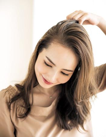 篠原涼子みたいな女っぽいワンサイドスタイル1