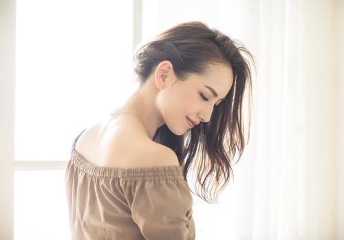 篠原涼子みたいな女っぽいワンサイドスタイルTOP