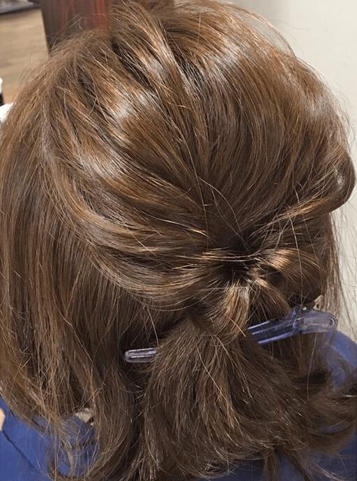 雨でも崩れにくい♪3分でできるショートヘアのまとめ髪4
