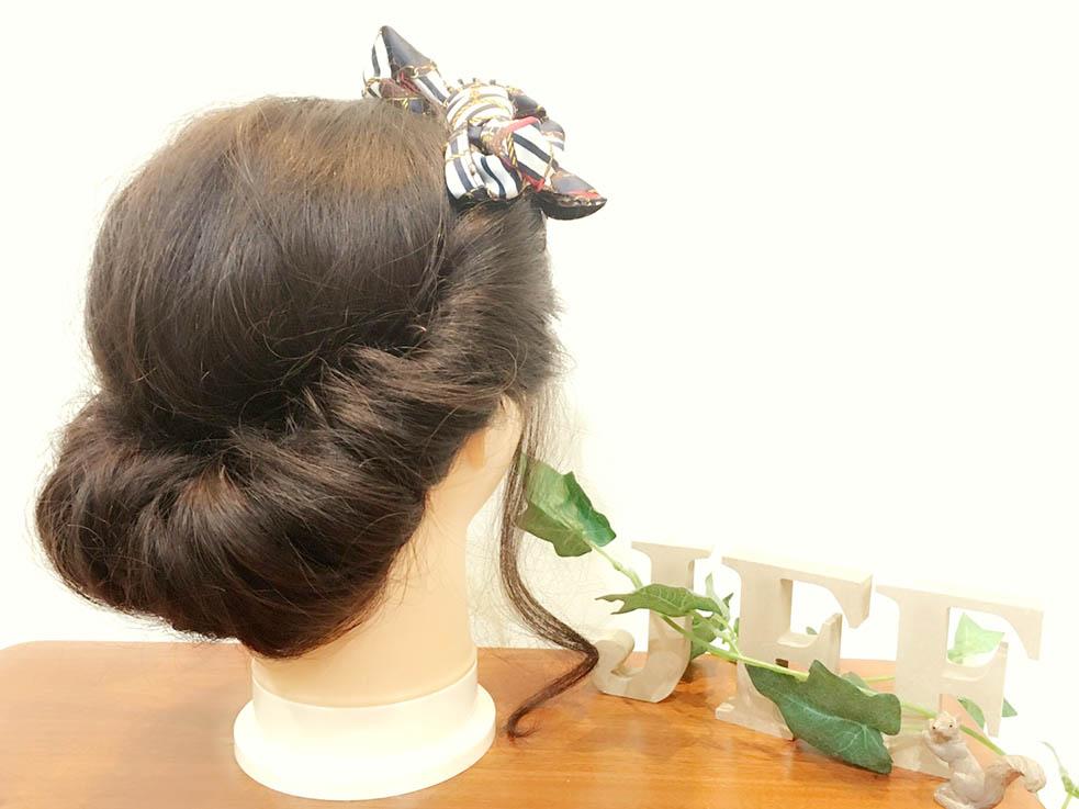 今流行りのスカーフヘアアレンジ♪簡単に出来るアップヘア3