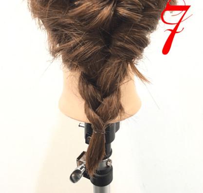 くるりんぱで大人可愛いまとめ髪♪7