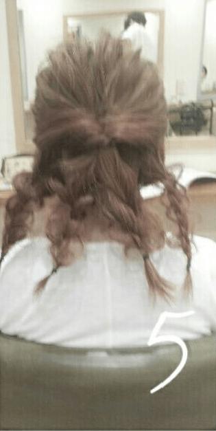 デコルテがキレイに見える♪すっきり&華やかまとめ髪5