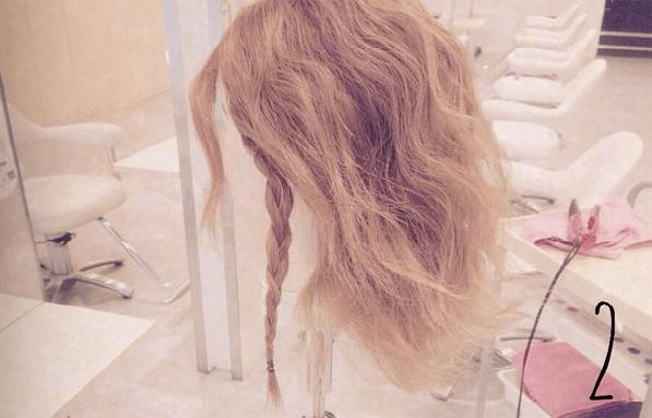 リラックス感がかわいい♪三つ編みでつくるまとめ髪2