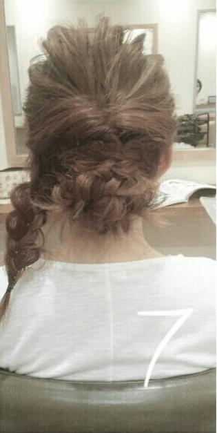 デコルテがキレイに見える♪すっきり&華やかまとめ髪7