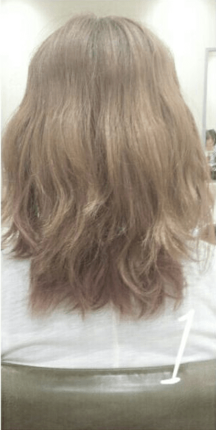 デコルテがキレイに見える♪すっきり&華やかまとめ髪1