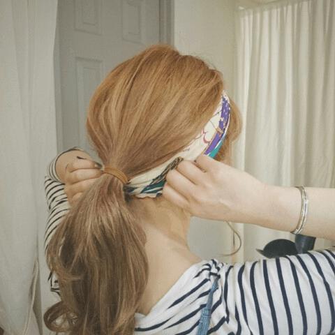 ショップ店員風♪スカーフでおしゃれヘアアレンジ6