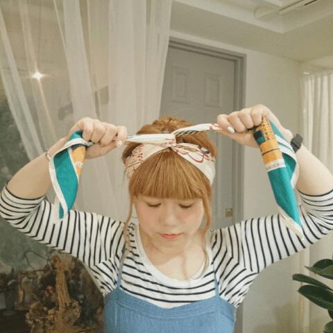 ショップ店員風♪スカーフでおしゃれヘアアレンジ4