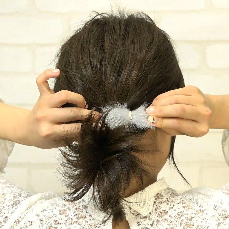 忙しい朝でも超簡単!サイド三つ編み×ローポニー☆4