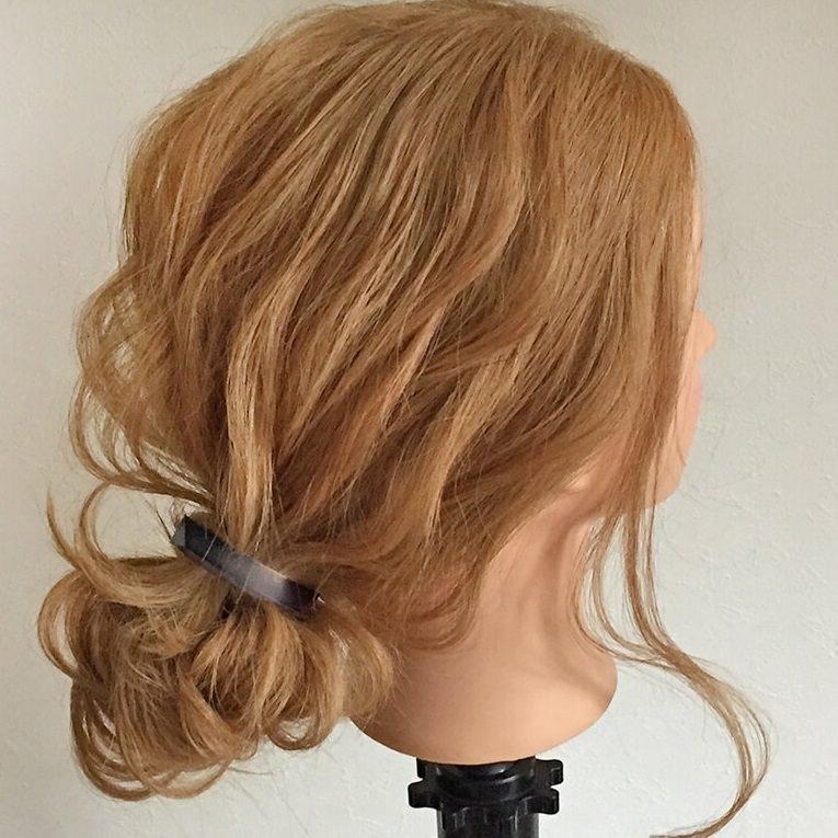 長い髪を可愛くまとめるヘアアレンジ☆TOP
