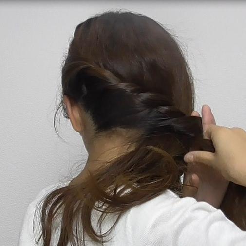 スッキリ簡単ロープ編みのサイド寄せヘア☆1