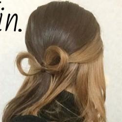 ミディアムヘアで作る!リボンハーフアップ♪TOP