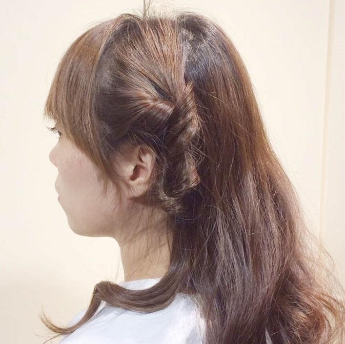 くるりんぱで作る簡単なオシャレなひとつ結びヘアアレンジ☆3