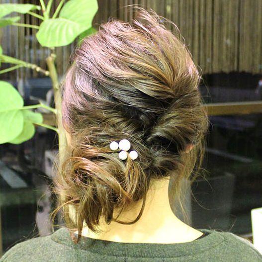 くるりんぱとねじるだけで可愛さを作れるまとめ髪♪TOP