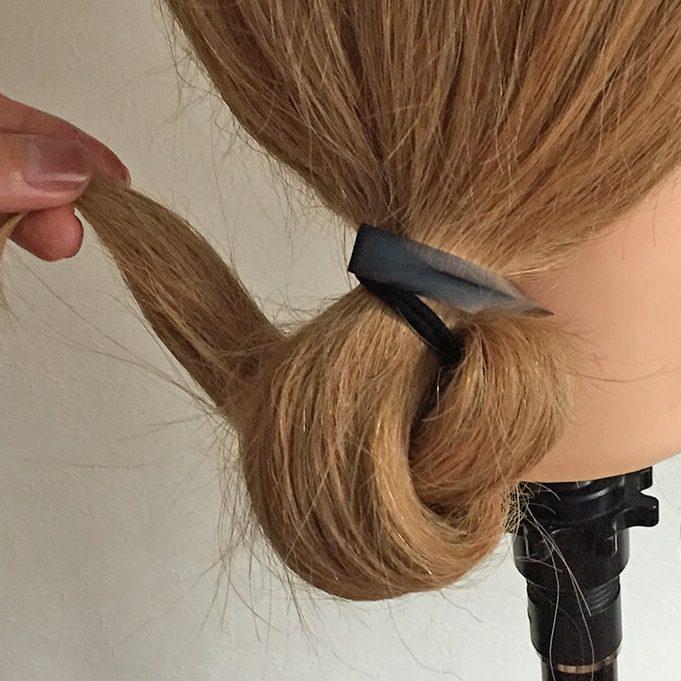 長い髪を可愛くまとめるヘアアレンジ☆4