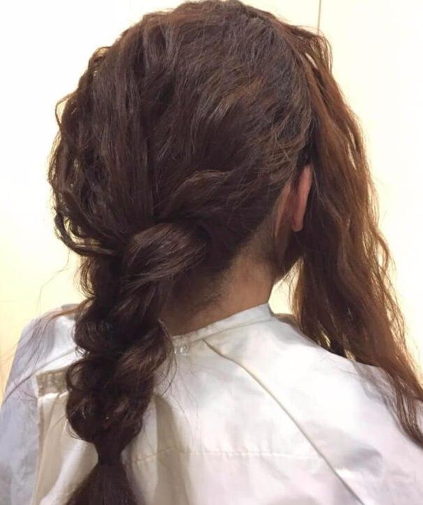 脱巻き髪!人気の波ウェーブで作る三つ編みアレンジ☆3