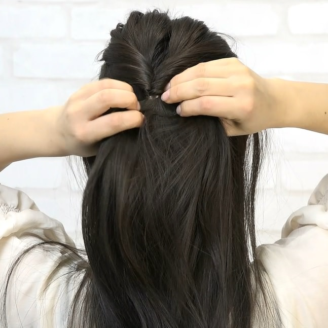 黒髪でもおしゃれで可愛い!くるりんぱハーフアップ☆1