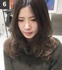 ねじって巻くだけで出来る!自然なゆるふわな巻き髪の作り方☆6