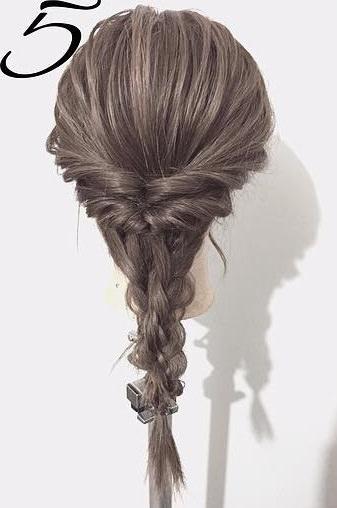 黒髪だから上品に仕上がる☆くるりんぱと三つ編みで作るダウンヘア5