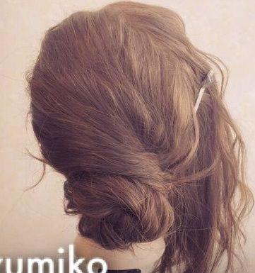 ニュアンスのあるまとめ髪ヘア!3