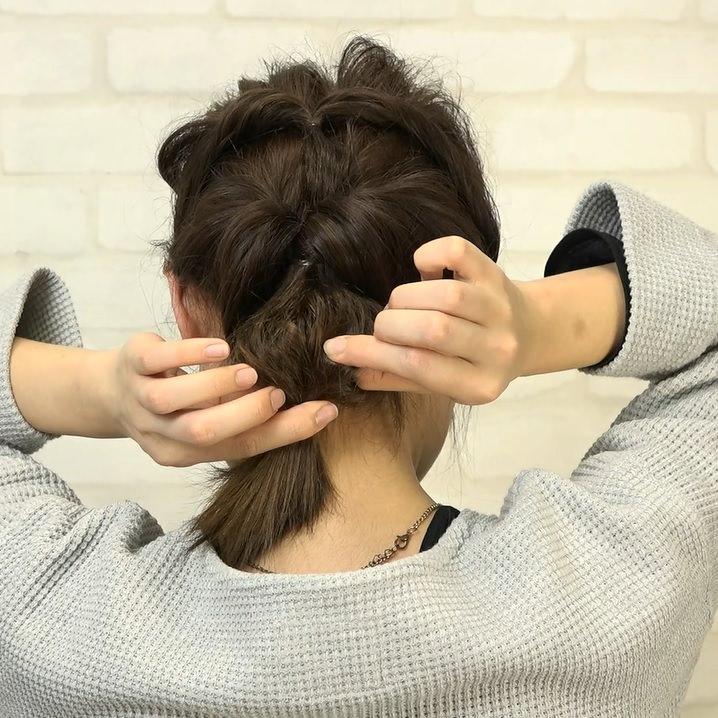 くるりんぱとたまねぎヘアで作る!爽やかなダウンヘア6