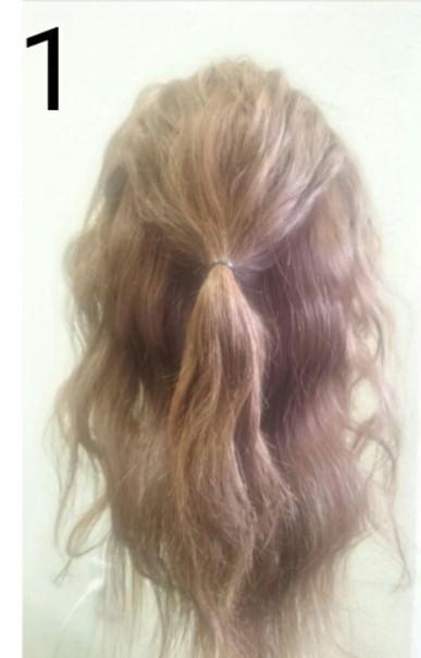 夏にピッタリ!くるりんぱを使ったゆるふわまとめ髪♪1