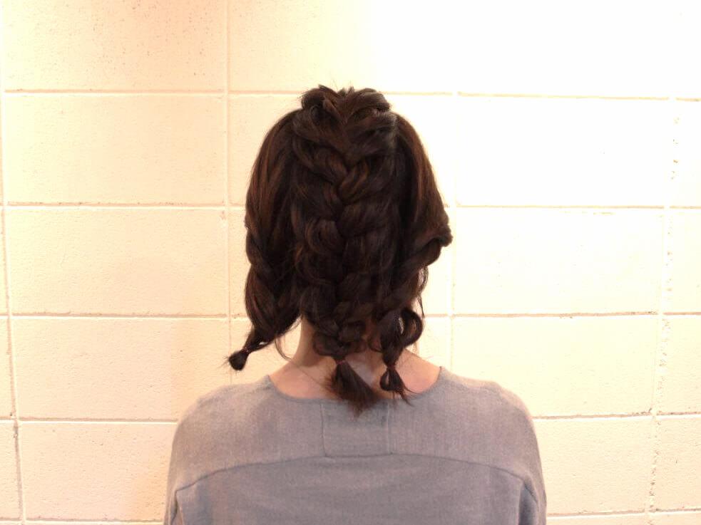 伸ばしかけの髪でも出来る編み込みアレンジ4