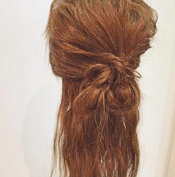 ロープ編みだけで出来る簡単まとめ髪アレンジ4