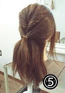 ダブルくるりんぱでつくるまとめ髪5