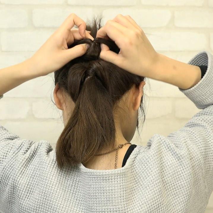 くるりんぱとたまねぎヘアで作る!爽やかなダウンヘア2
