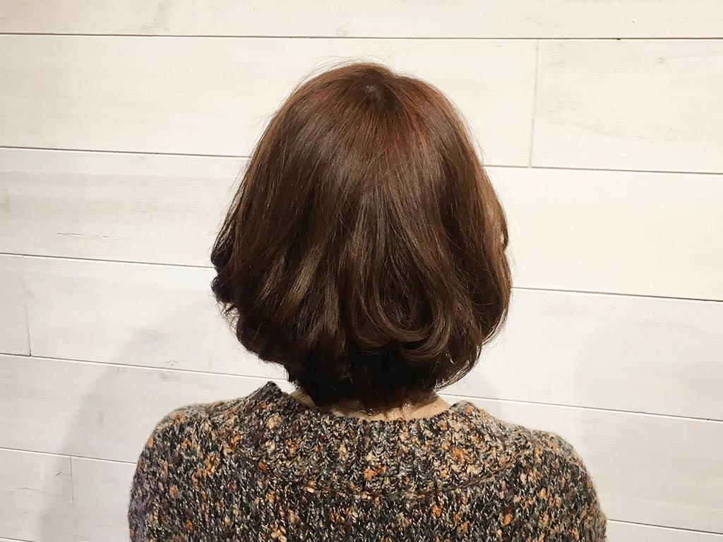 ルーズな感じが可愛い♪ミディアムヘアのお団子アレンジ1