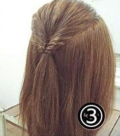 ダブルくるりんぱでつくるまとめ髪3