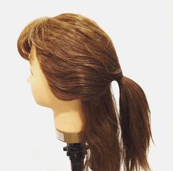 ロープ編みだけで出来る簡単まとめ髪アレンジ1
