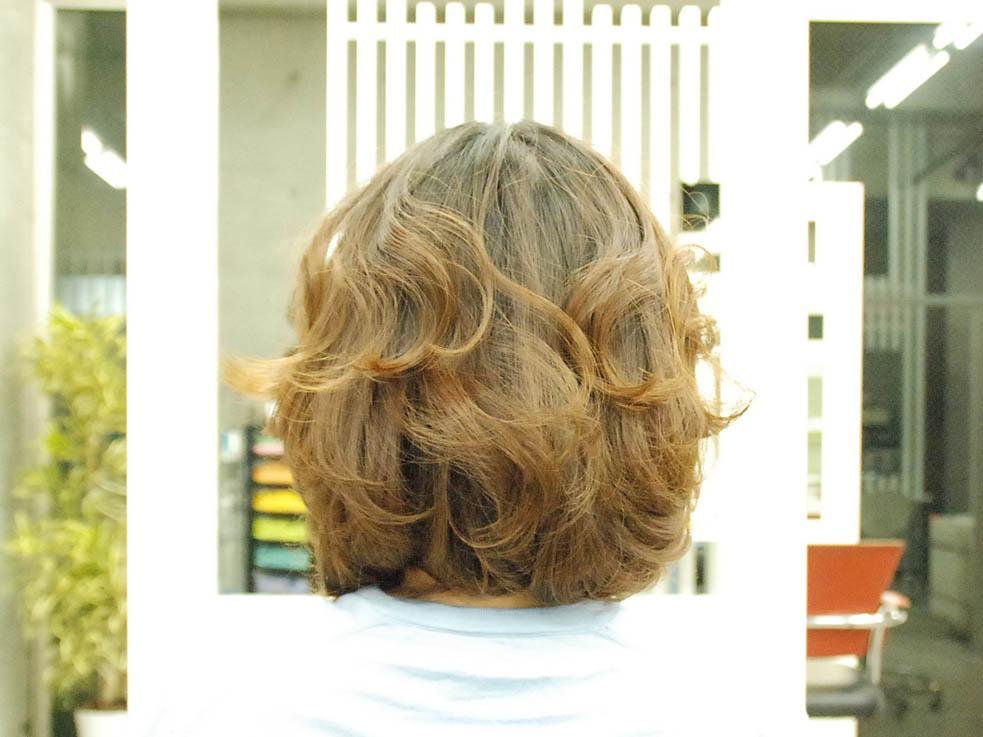 毛先をアクセ代わりに☆くるりんぱと編み込みの結婚式ヘア1
