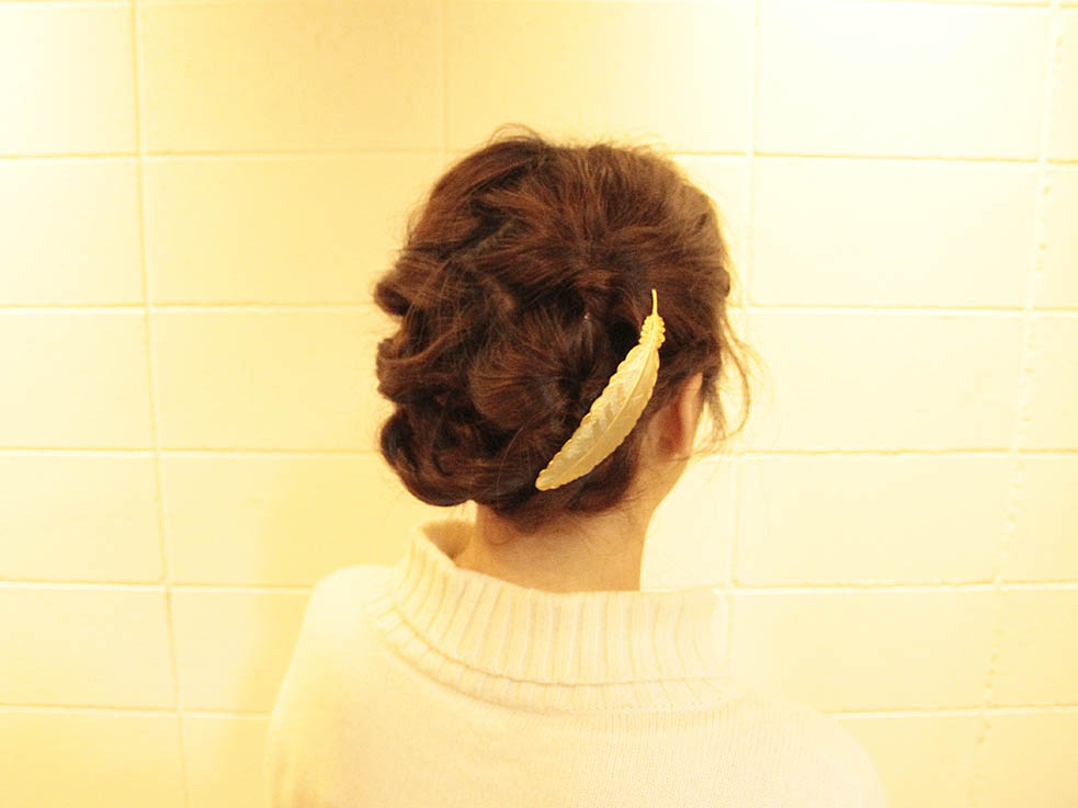 暑い夏にぴったり☆可愛さ溢れる三つ編みアップヘア!完