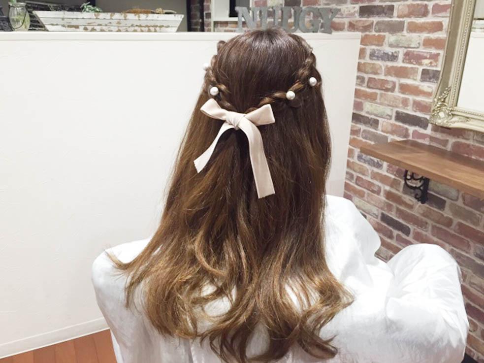 鬱陶しい伸ばしかけの前髪を可愛くアレンジ!男子が好きそうな、女の子感溢れる姫系ハーフアップ♡完成