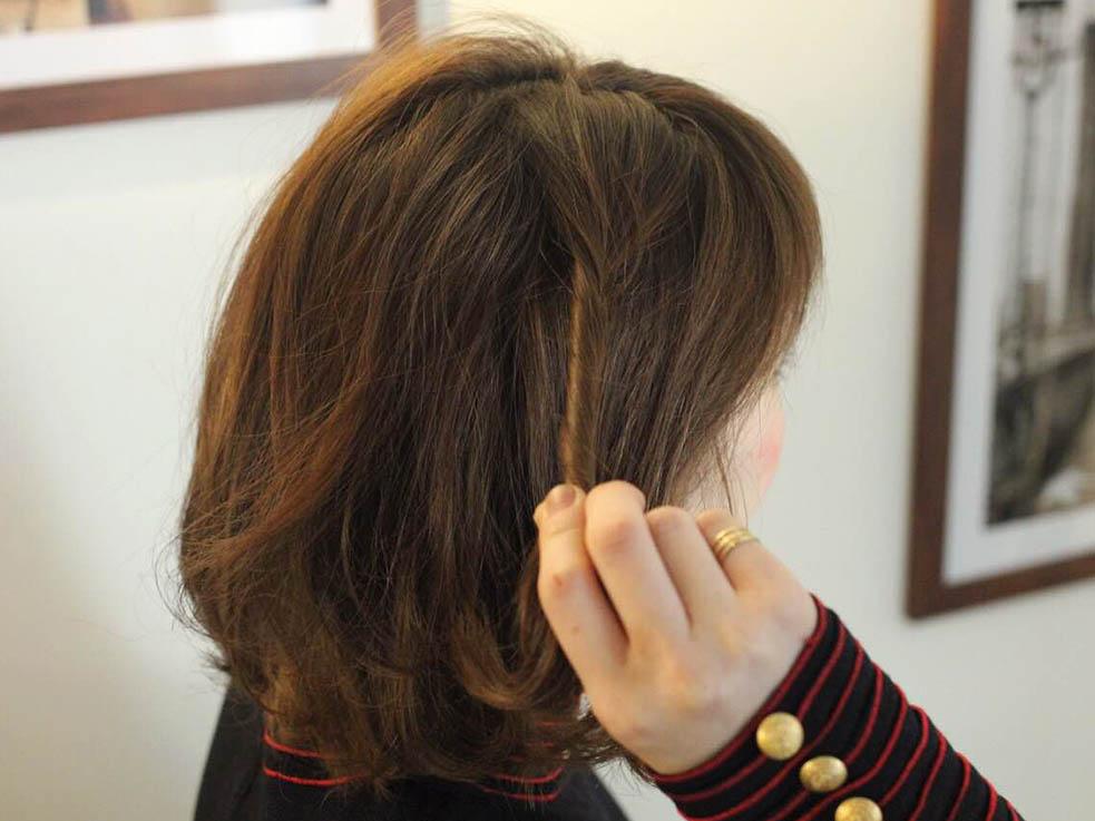 ボブヘアにもおすすめ!ねじり留めで簡単かわいいワンポイントヘアアレンジ☆2