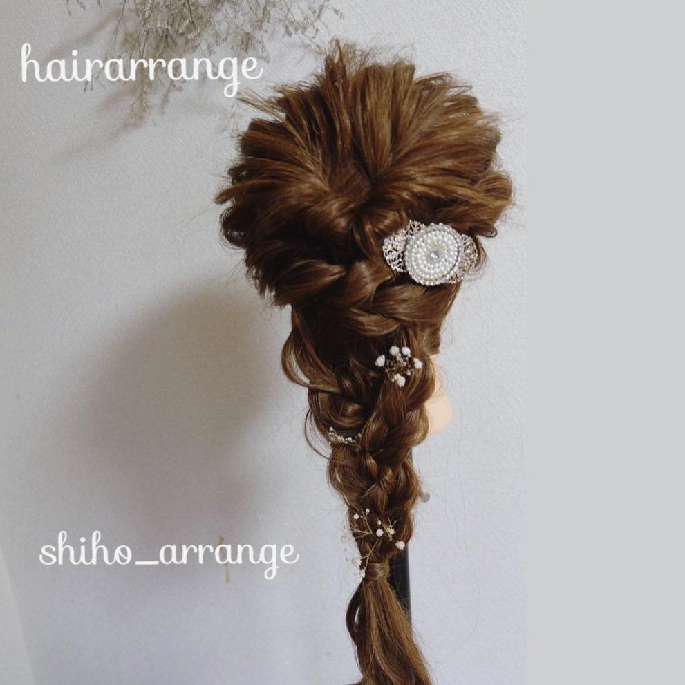 毛束感がリッチな編み込みアレンジTOP