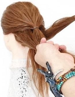 完成したうしろ姿がとってもキュート♡ヘアアクセ不要のデートヘア2