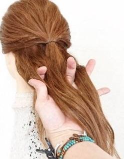 完成したうしろ姿がとってもキュート♡ヘアアクセ不要のデートヘア3