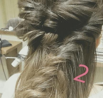 外国人風まとめ髪の作り方☆2