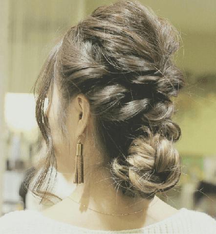 外国人風まとめ髪の作り方☆6