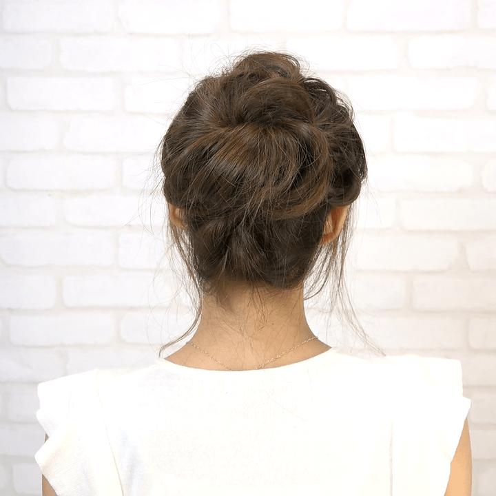 ロープ編みだけで驚きの華やかヘアに☆ゆるふわお団子アレンジ11