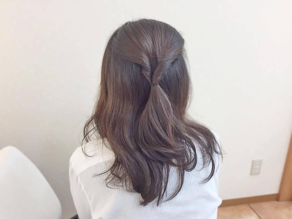 涼しげで上品に見えるアップヘアアレンジ☆6