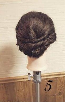 ねじってかわいい♡片寄せまとめ髪5