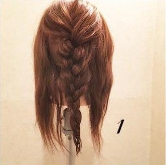 ミディアムヘアでもできる♪上品まとめ髪1